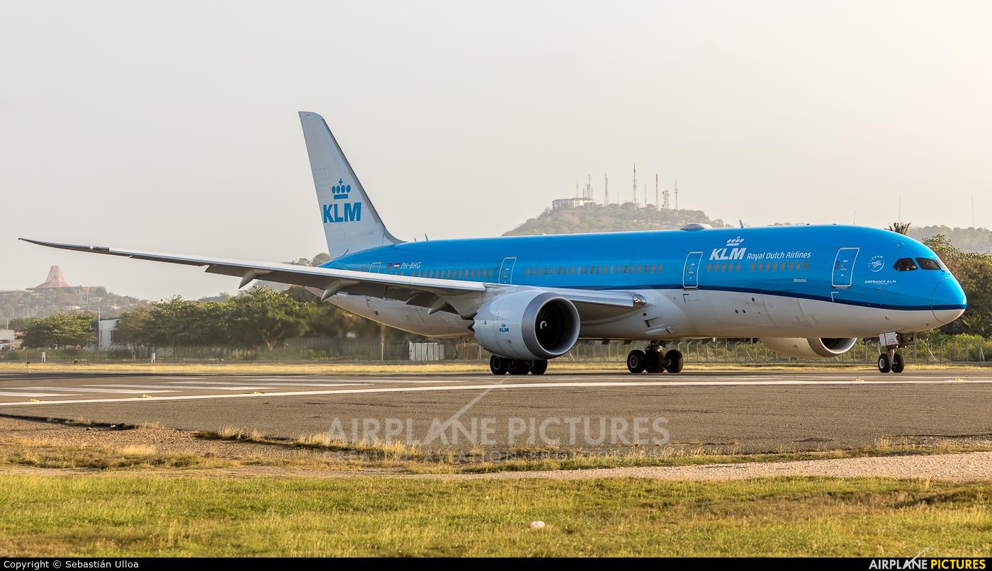 KLM PH-BHG aircraft at Cartagena - Rafael Núñez