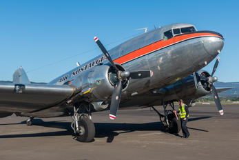 VH-TMQ - Air Nostalgia Douglas DC-3