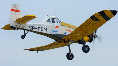 SP-FOM - Private PZL M-18 Dromader