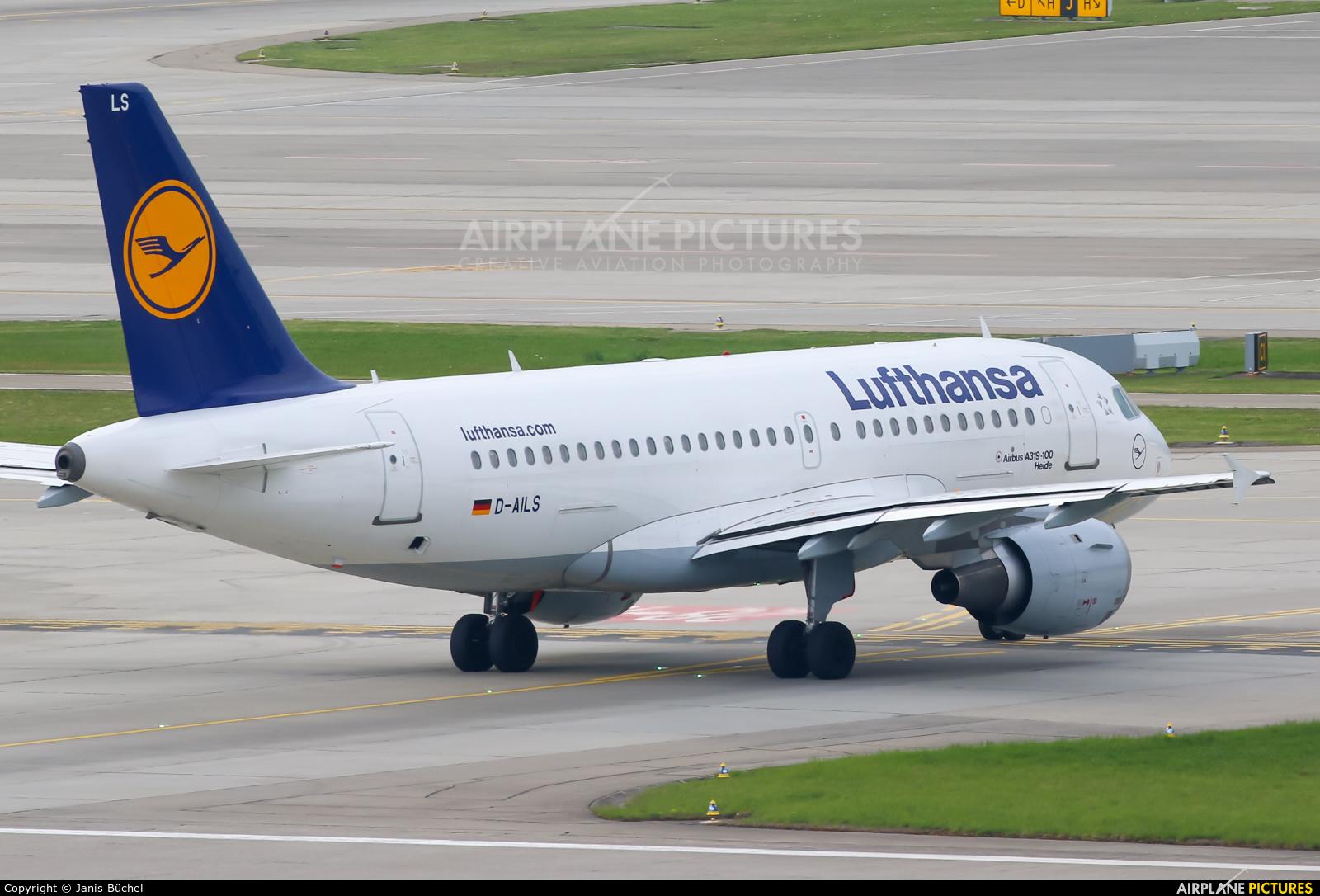 Lufthansa D-AILS aircraft at Zurich