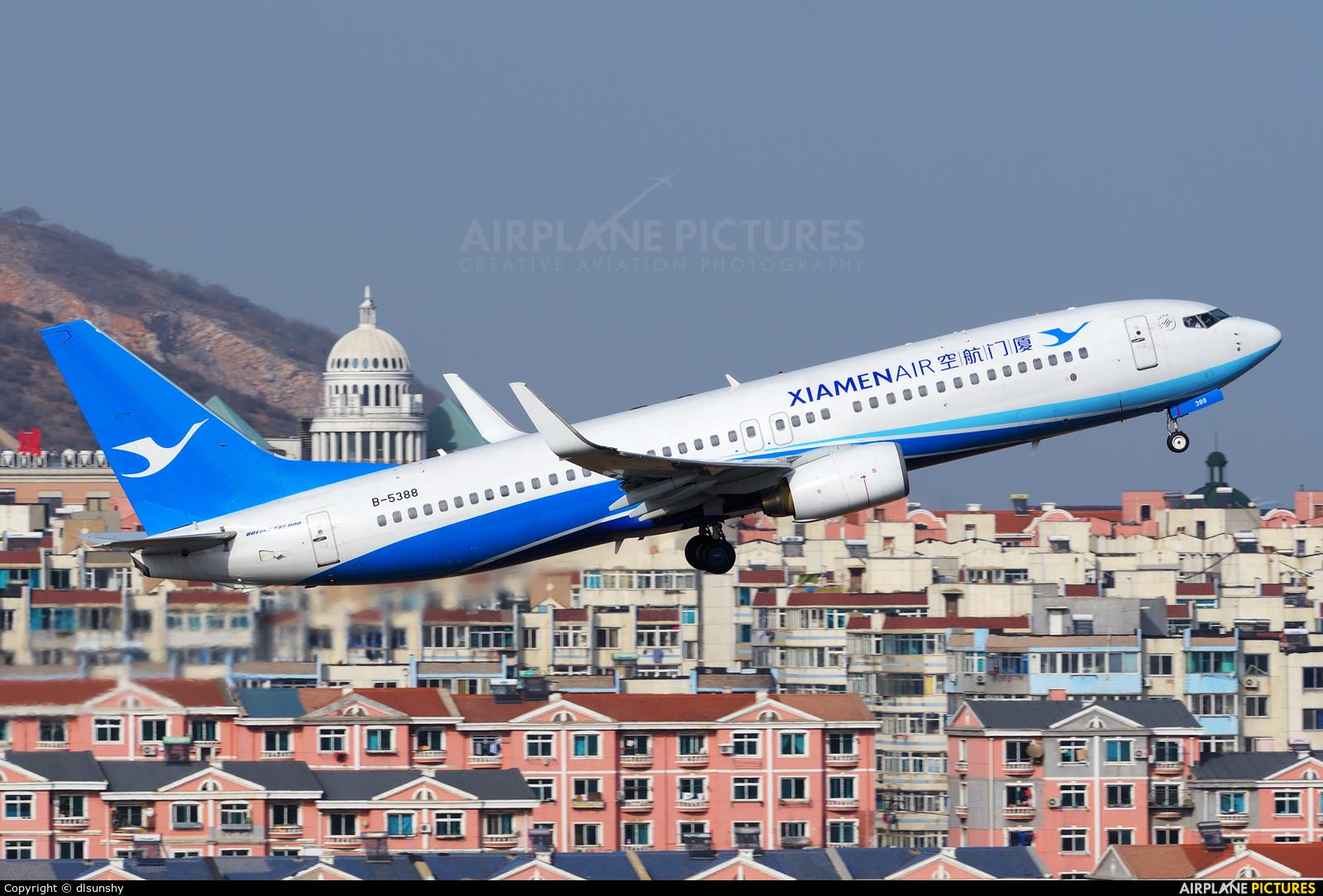 Xiamen Airlines B-5388 aircraft at Dalian Zhoushuizi Int'l