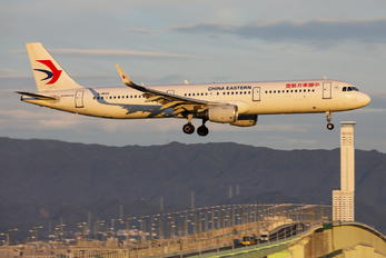 B-8649 - China Eastern Airlines Airbus A321
