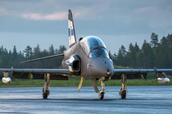 HW-334 - Finland - Air Force: Midnight Hawks British Aerospace Hawk 51