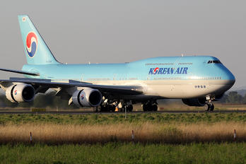 HL7630 - Korean Air Boeing 747-8