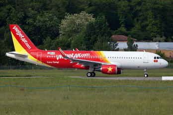 F-WWDT - VietJet Air Airbus A320