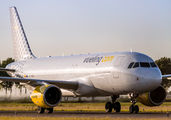 EC-MCU - Vueling Airlines Airbus A320 aircraft