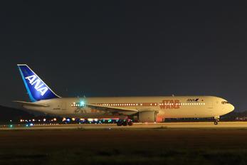 JA604A - ANA - All Nippon Airways Boeing 767-300