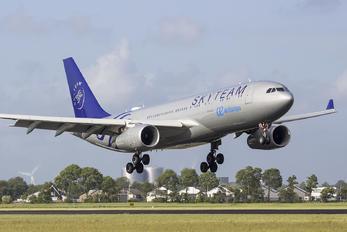 EC-LQP - Air Europa Airbus A330-200