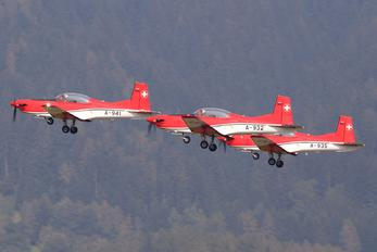 A-932 - Switzerland - Air Force: PC-7 Team Pilatus PC-7 I & II