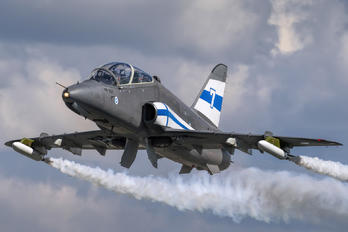 HW-307 - Finland - Air Force: Midnight Hawks British Aerospace Hawk 51