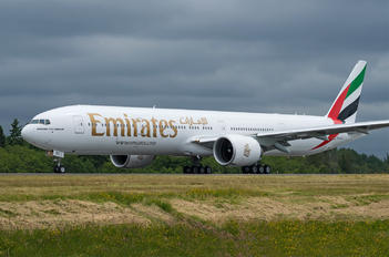 A6-EQC - Emirates Airlines Boeing 777-300ER