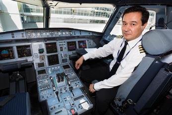 P4-VAS - Air Astana Airbus A320