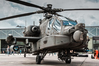 D-05 - Netherlands - Air Force Boeing AH-64 Apache