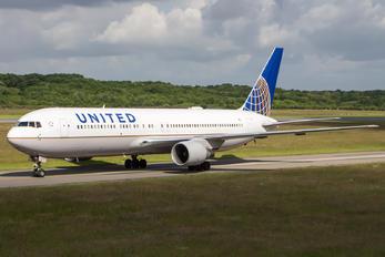 N651UA - United Airlines Boeing 767-300ER