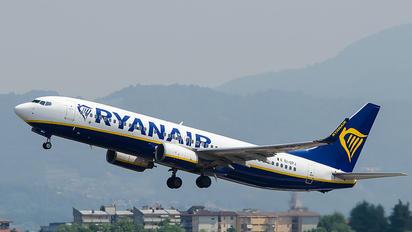 EI-DPJ - Ryanair Boeing 737-800