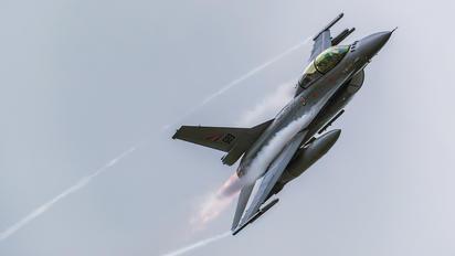 689 - Norway - Royal Norwegian Air Force General Dynamics F-16B Block 15H