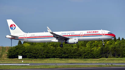 B-9906 - China Eastern Airlines Airbus A321