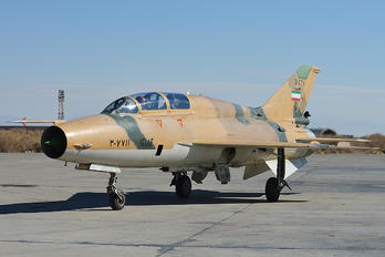 3-7711 - Iran - Islamic Republic Air Force Chengdu FT-7 PG