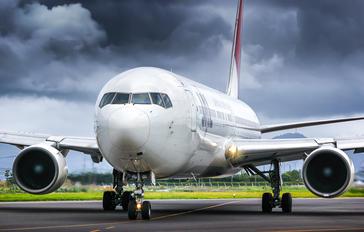 JA8288 - ANA - All Nippon Airways Boeing 767-300