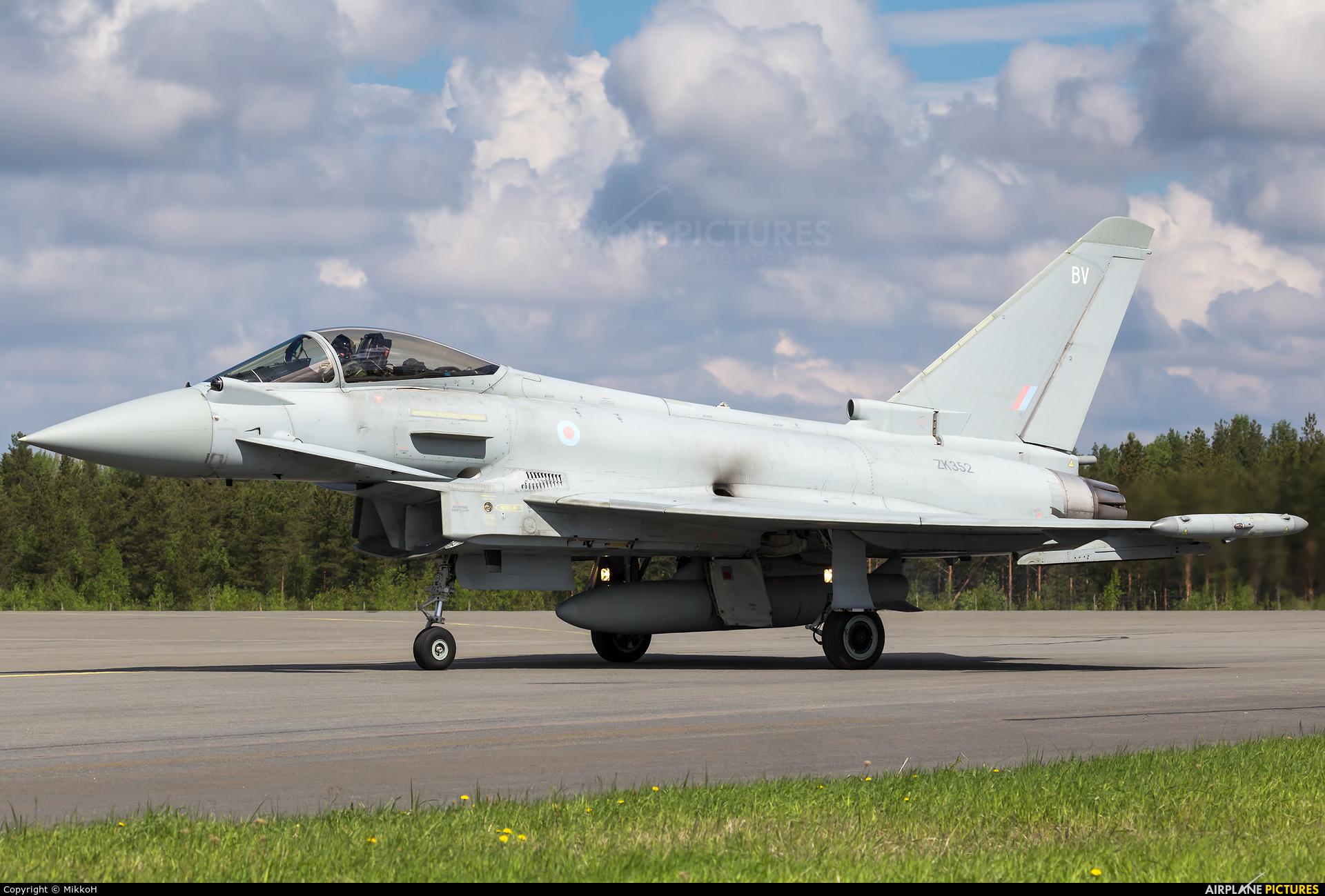 Royal Air Force ZK352 aircraft at Seinäjoki Airport