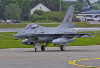 293 - Norway - Royal Norwegian Air Force General Dynamics F-16AM Fighting Falcon