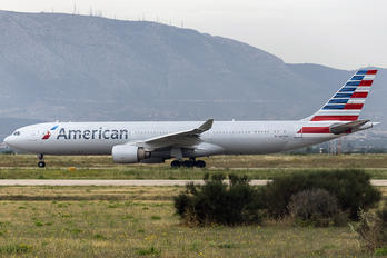 N275AY - American Airlines Airbus A330-300