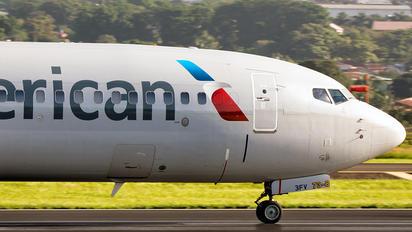 N842NN - American Airlines Boeing 737-800