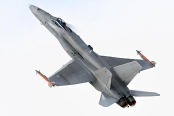 HN-405 - Finland - Air Force McDonnell Douglas F-18C Hornet