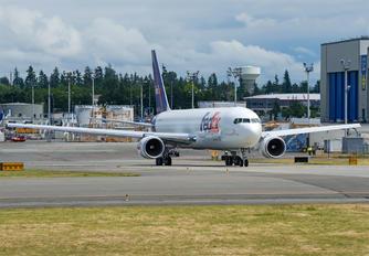 N147FE - FedEx Federal Express Boeing 767-300F