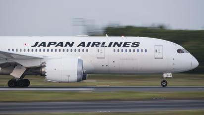 JA845J - JAL - Japan Airlines Boeing 787-8 Dreamliner
