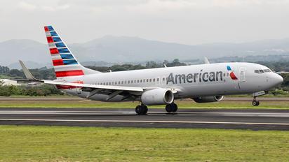 N802NN - American Airlines Boeing 737-800