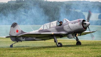 SP-YWE - Private Yakovlev Yak-52