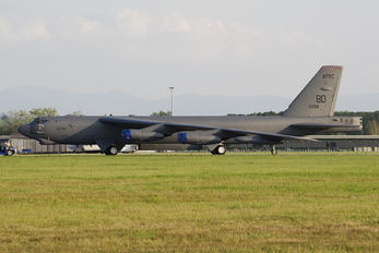 60-0038 - USA - Air Force Boeing B-52A Stratofortress