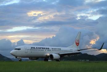 JA302J - JAL - Express Boeing 737-800