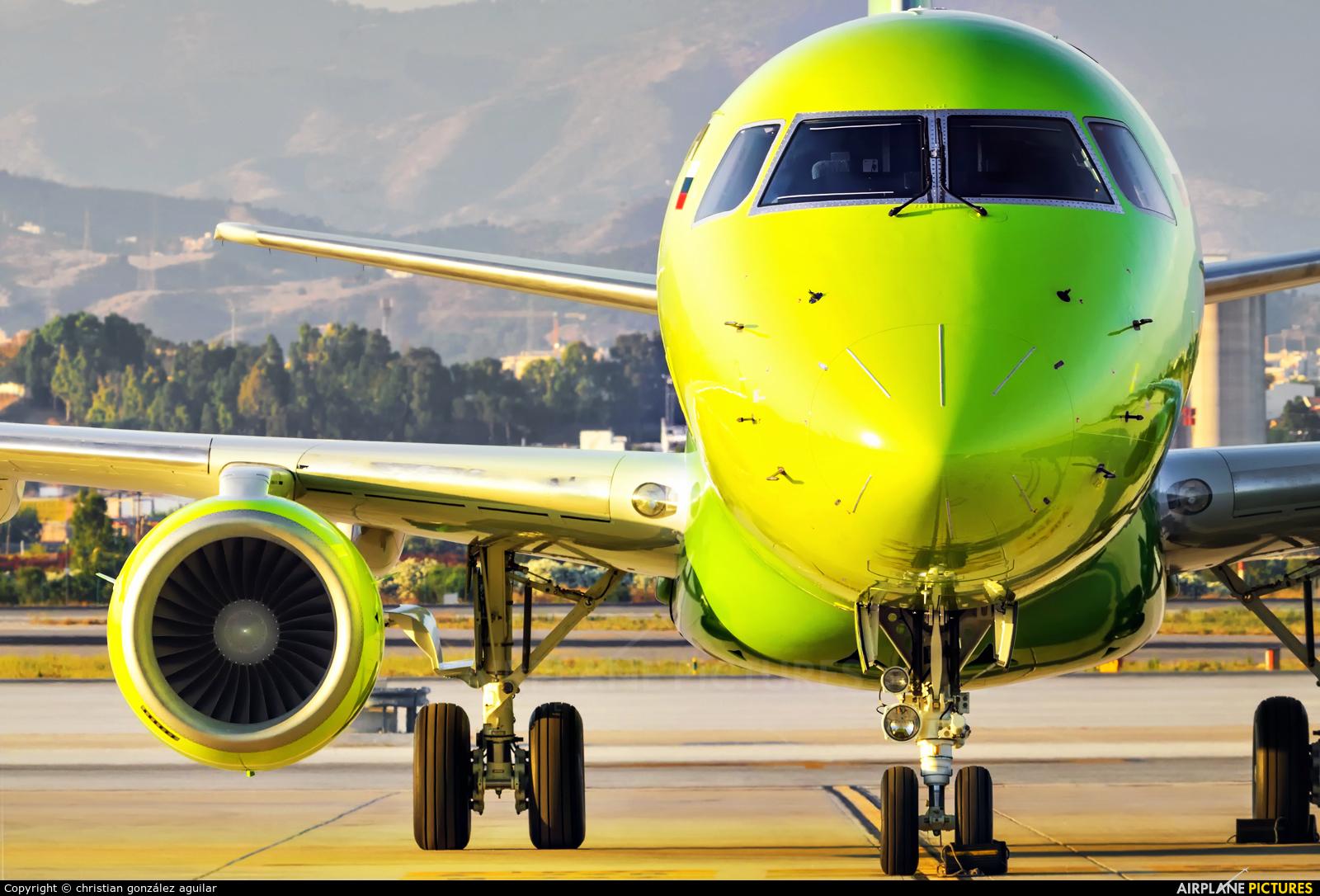 S7 Airlines VQ-BYB aircraft at Málaga