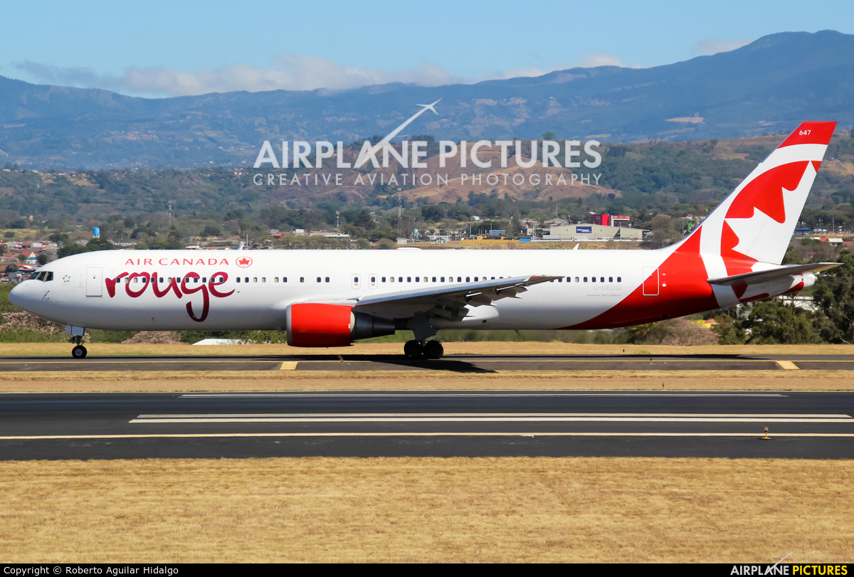 Air Canada Rouge C-GEOQ aircraft at San Jose - Juan Santamaría Intl