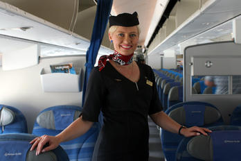 SP-LRC - LOT - Polish Airlines - Aviation Glamour - People, Pilot