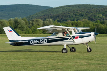 OM-JSB - Private Cessna 150