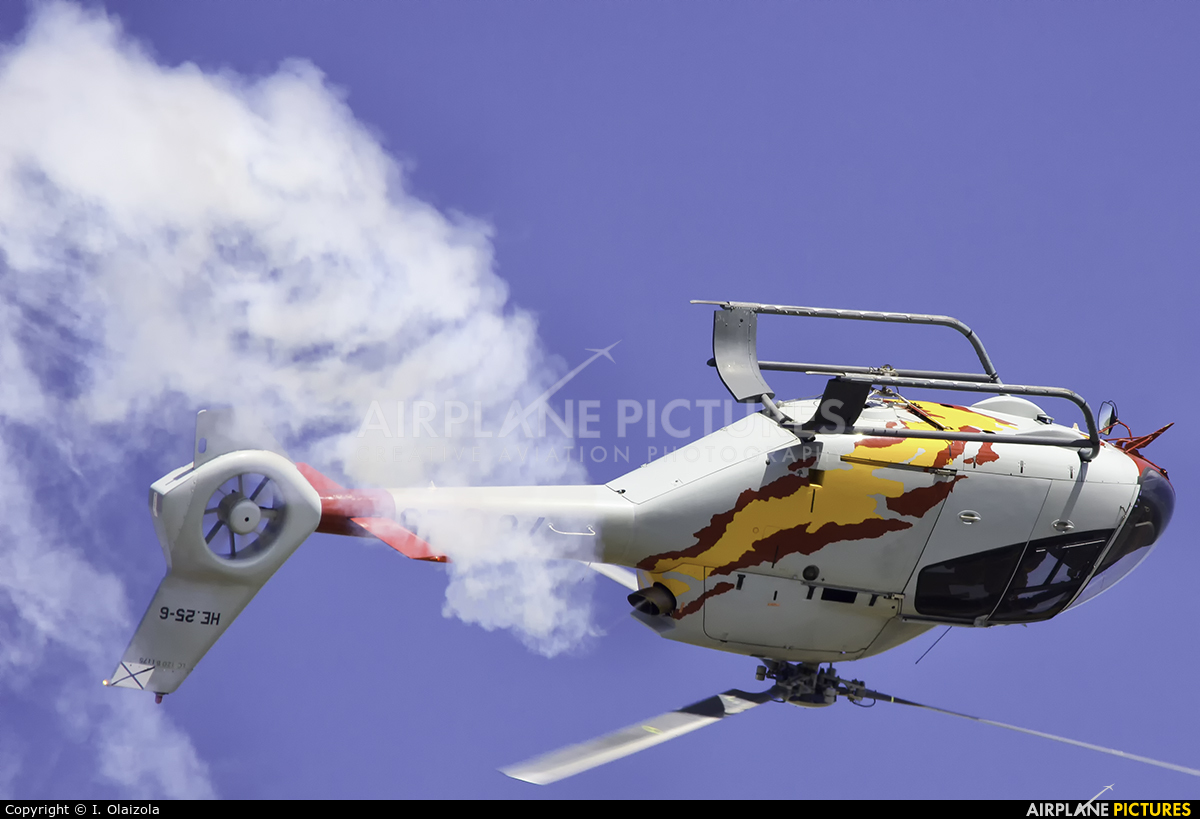 Spain - Air Force: Patrulla ASPA HE.25-6 aircraft at León