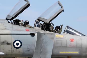 - - Greece - Hellenic Air Force - Airport Overview - People, Pilot