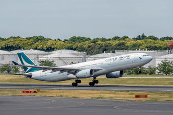 B-LAM - Cathay Pacific Airbus A330-300