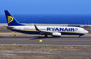 EI-EKH - Ryanair Boeing 737-800