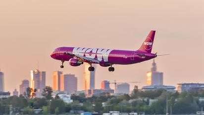 TF-SON - WOW Air Airbus A321