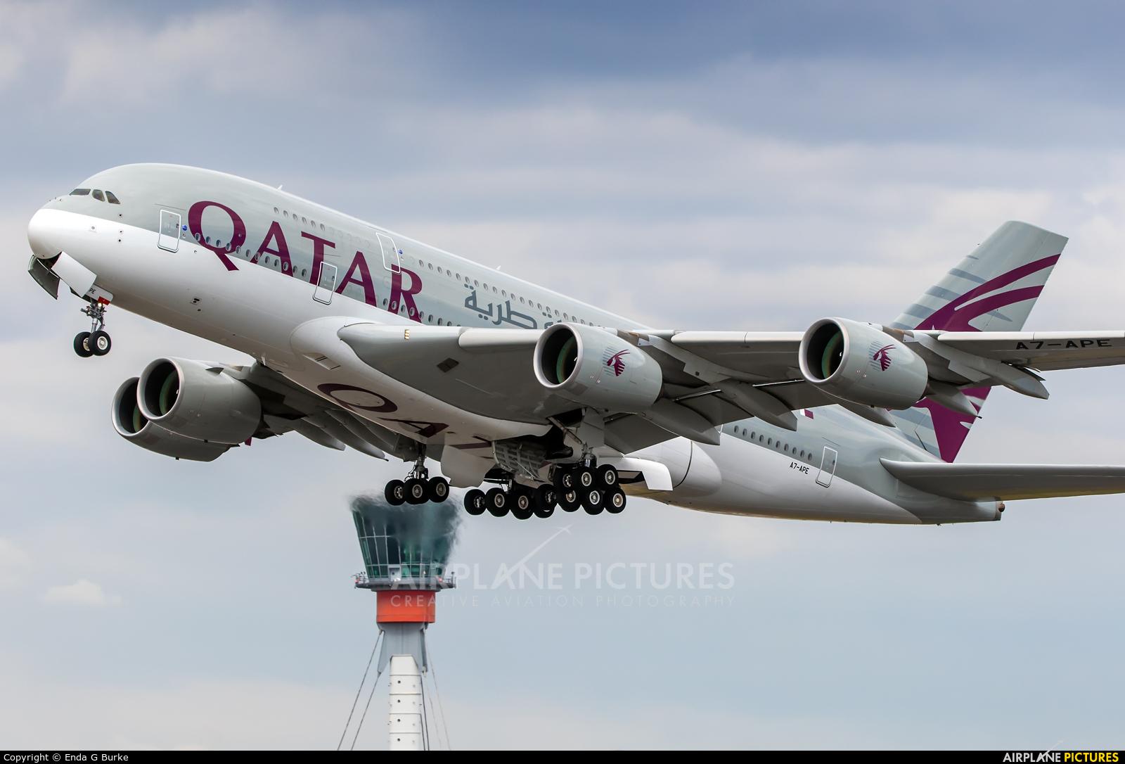 Qatar Airways A7-APE aircraft at London - Heathrow