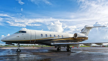 N350PH - Private Bombardier BD-100 Challenger 350 series