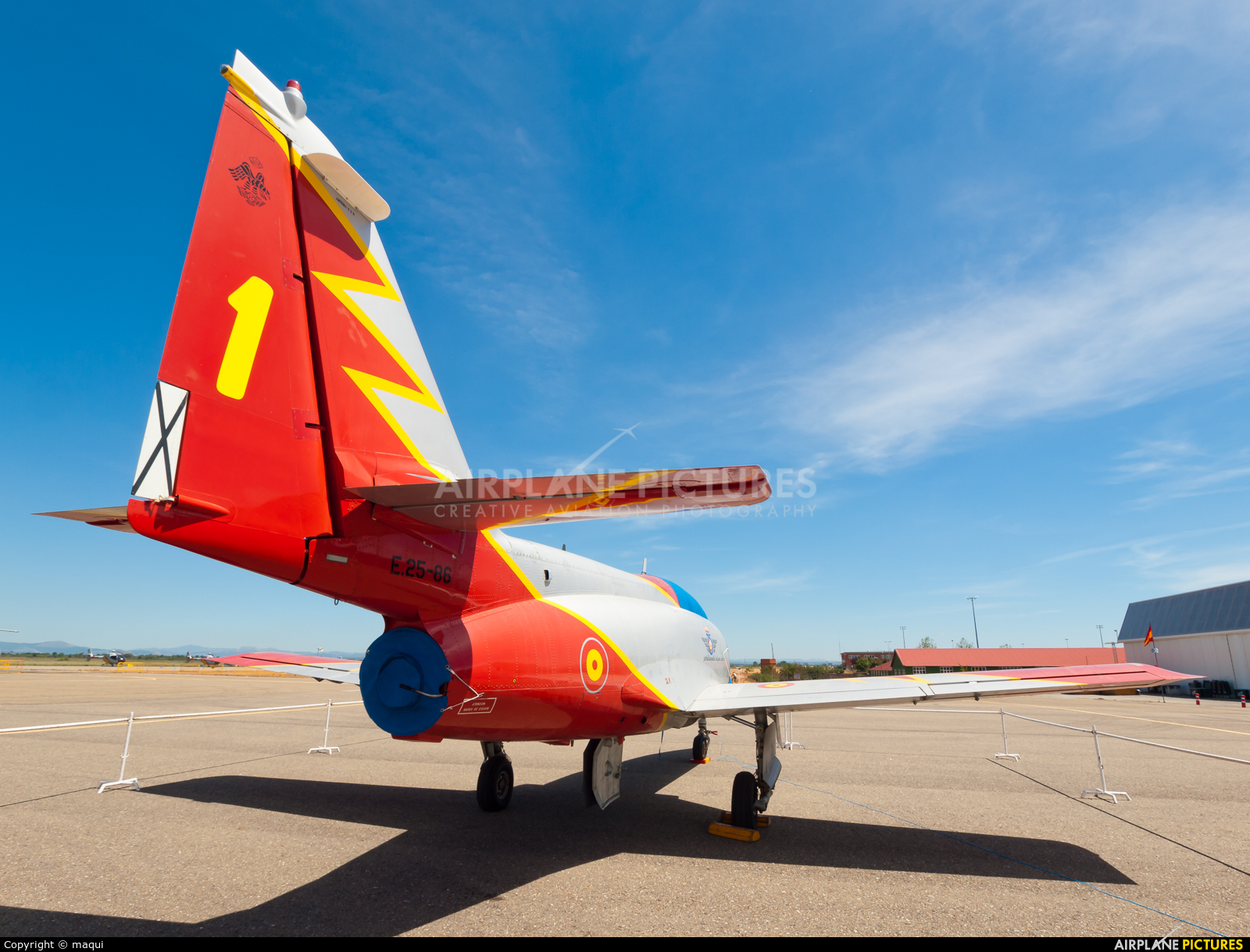 Spain - Air Force : Patrulla Aguila E.25-86 aircraft at León