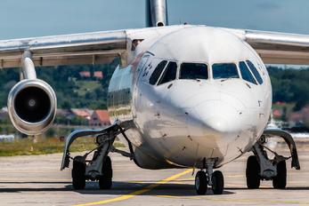 HB-IYU - - Airport Overview British Aerospace BAe 146-300/Avro RJ100