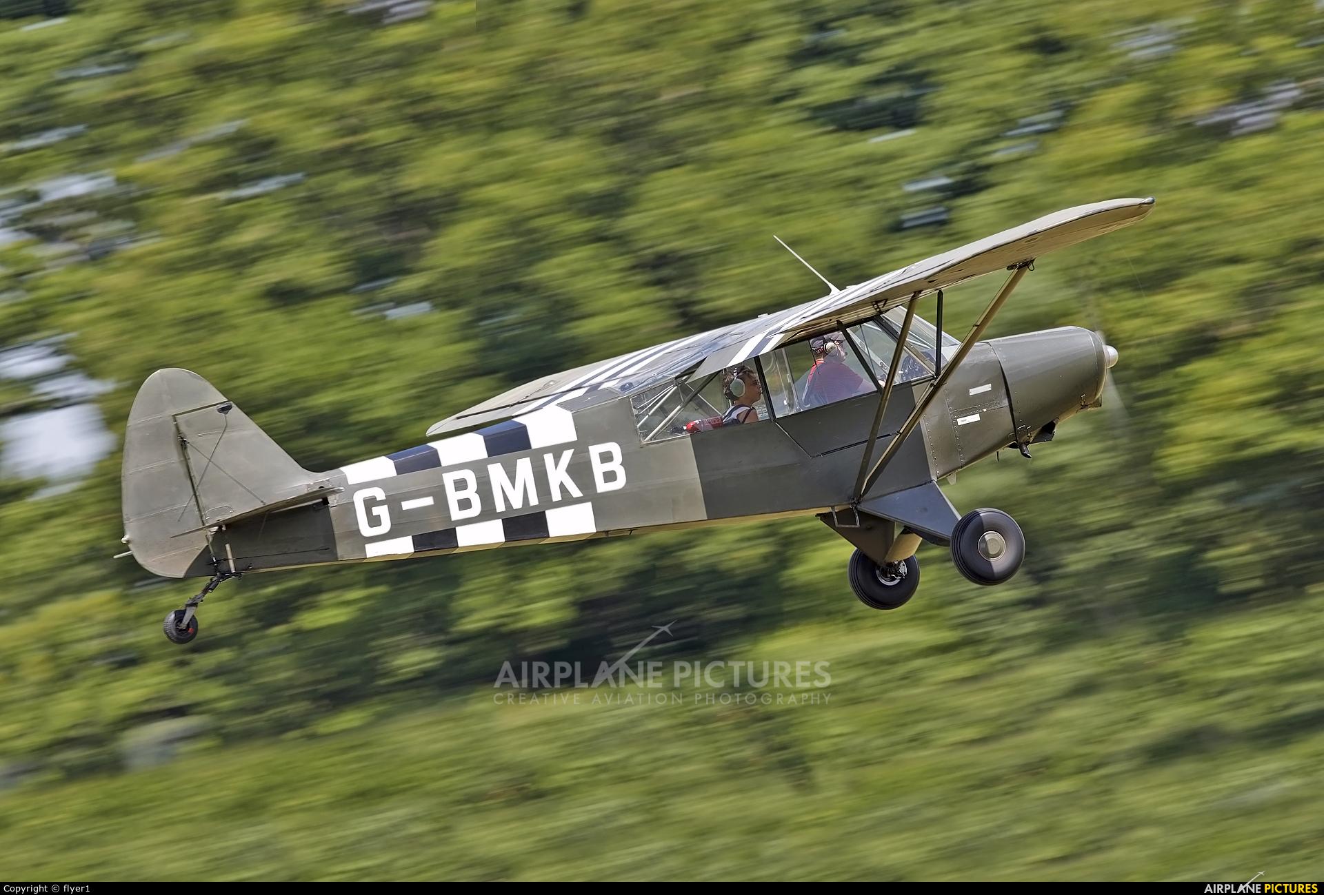 Private G-BMKB aircraft at Lashenden / Headcorn
