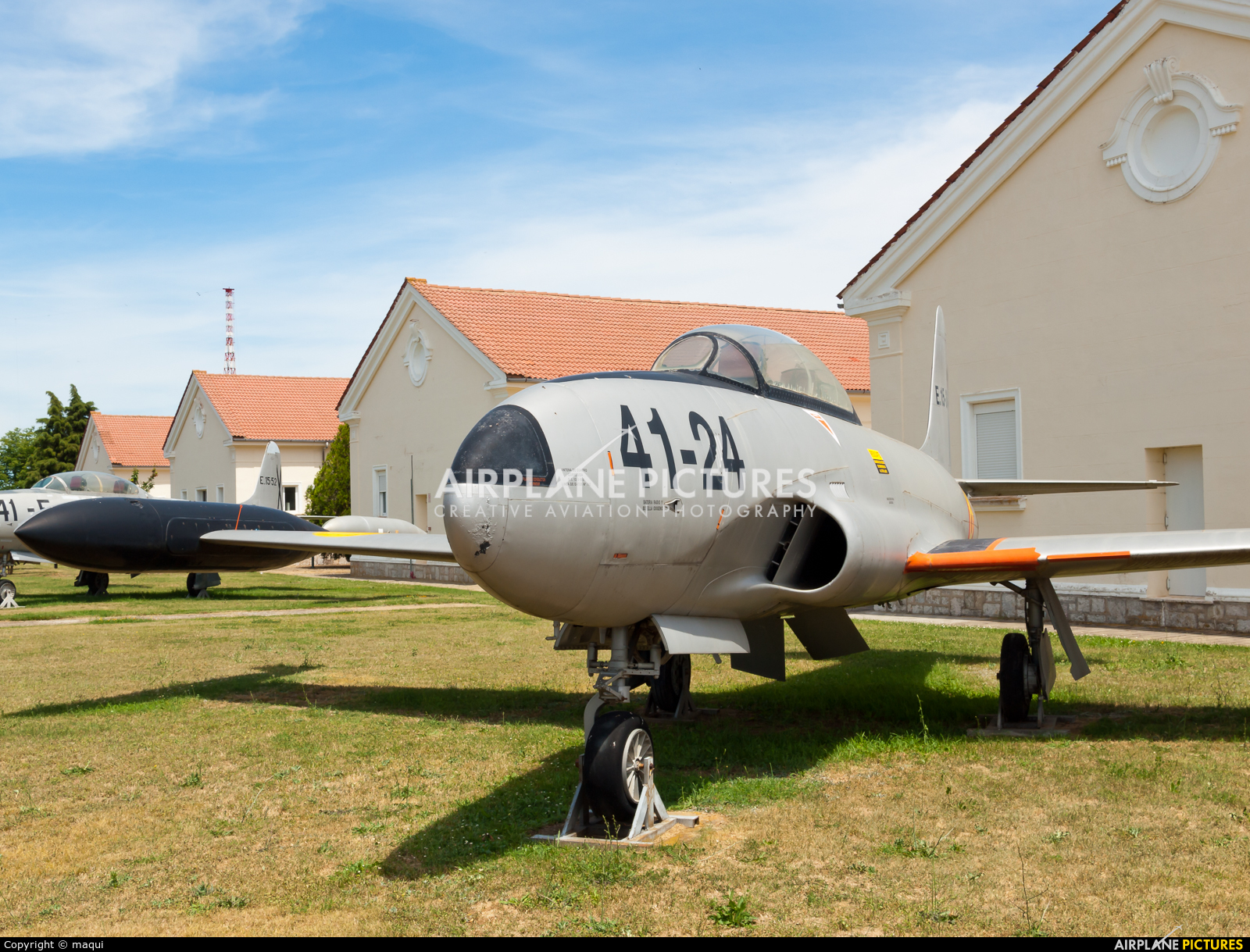 Spain - Air Force E.15-36 aircraft at León