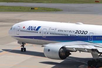 JA757A - ANA - All Nippon Airways Boeing 777-300
